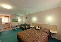 Accommodation-Abraham-Lincoln-Motel-Tamworth