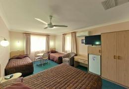Motels-Tamworth