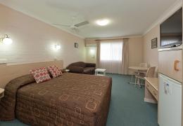 Tamworth-Abraham-Lincoln-Motel